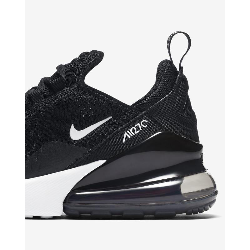 2270 scarpe nike